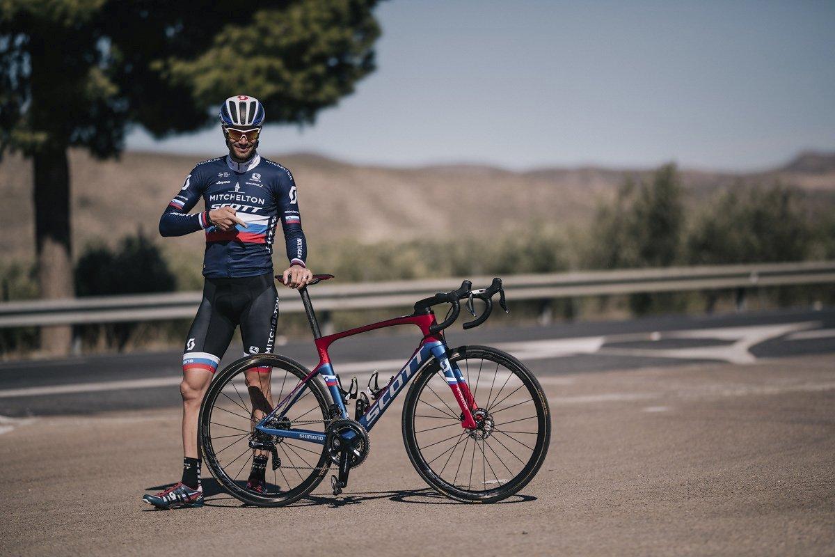 Luka Mezgec mit seinem neuen Teambike