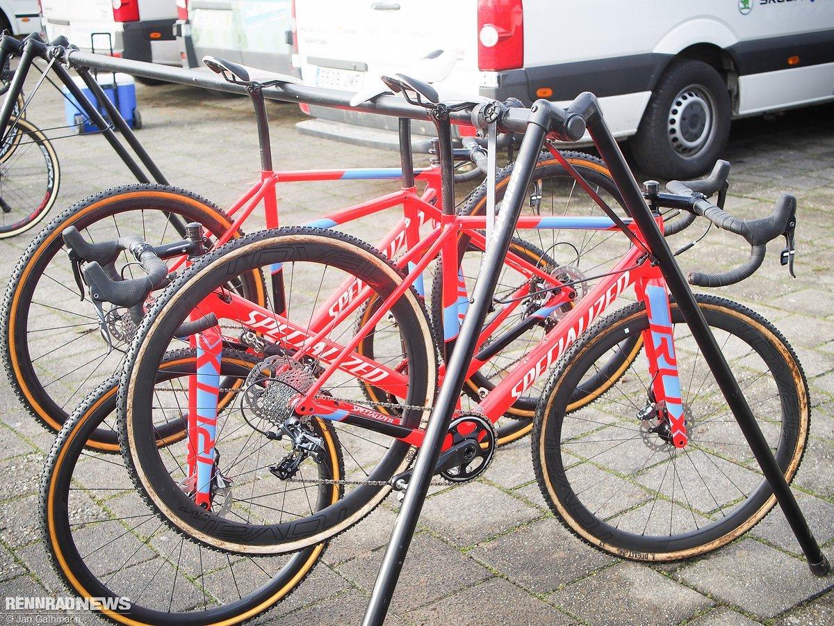 Specialized Crux Team-Bikes im spanischen Camp