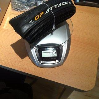 Gewicht Continental Reifen GP Attack 22 mm