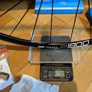 """Gewicht DT Swiss Systemlaufräder P 1800 SPLINE db 23 VR 28"""""""