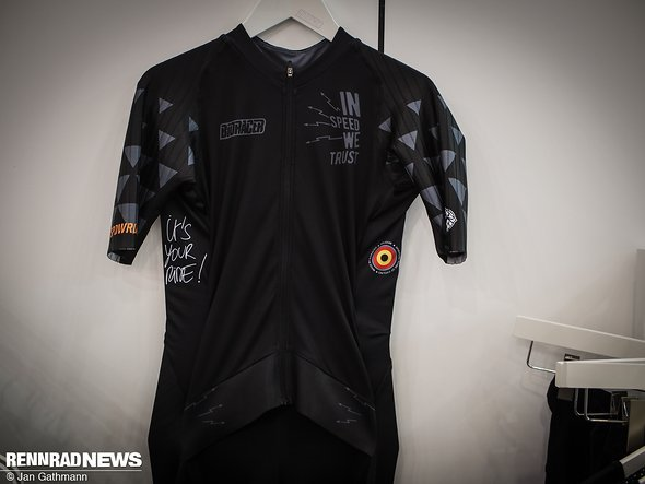 04cd5c02d Neuheiten 2019 - Eurobike  Technische Rennradkleidung  von Gravel ...